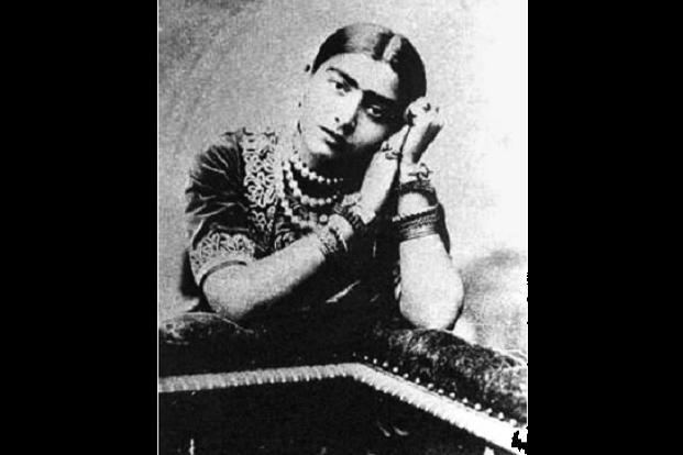 Gauhar Jaan's recording dates back to 1902.