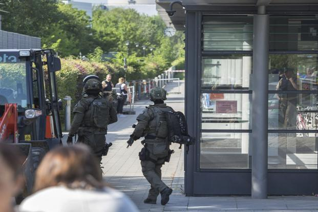 Special police guard outside a subway station in Munich, Germany. Photo: Andreas Prott/AP