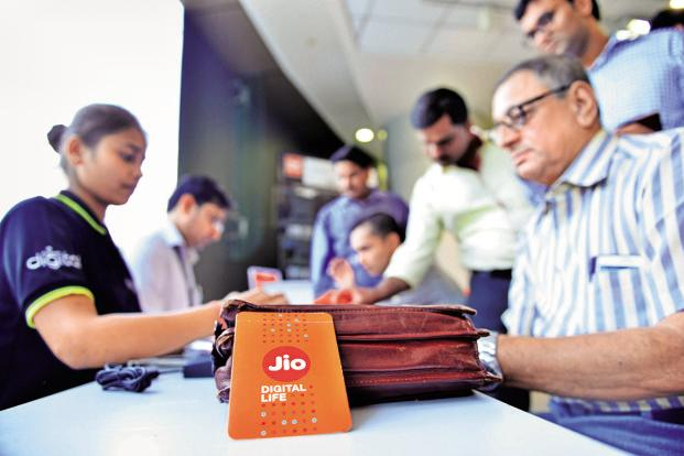 Reliance Industries rises 3% on gaining 4 million new Jio users