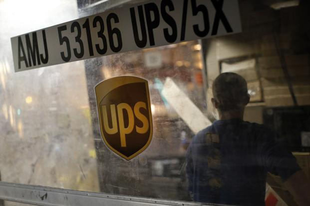 UPS says employee shoots, injures 4 at San Francisco warehouse