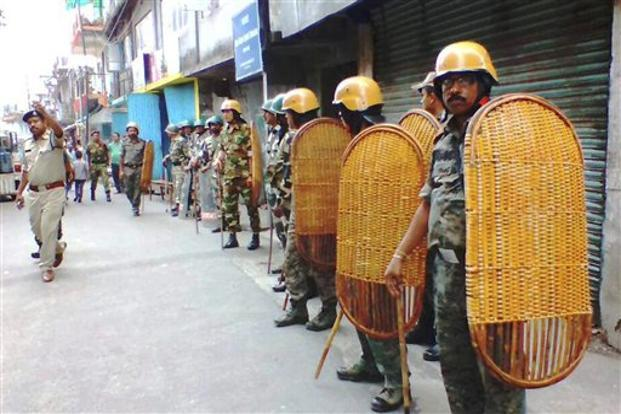 Earlier on Thursday, police recovered more than 300 weapons in raids on premises connected with GJM chief Bimal Gurung. Photo: PTI
