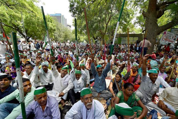 Agitating Madhya Pradesh farmers block national highways