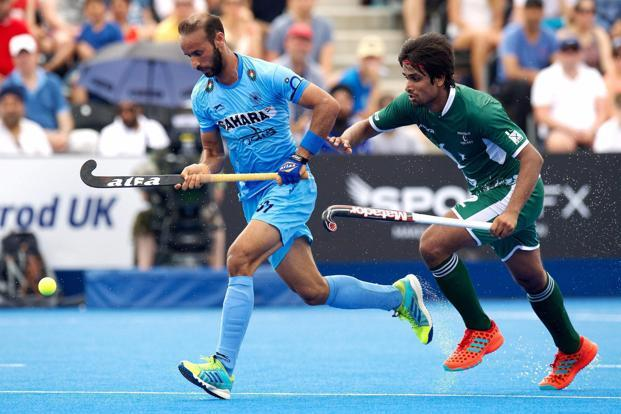 India's Ramandeep Singh and Pakistan's Bilal Muhammad Aleem during their Hockey World League Semi-Finals match in London on Sunday. Photo: PTI