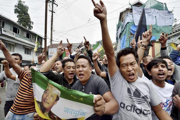 Since Saturday, three Gorkha Janmukti Morcha (GJM) supporters have died in clashes with the police, and several security personnel have sustained serious injuries. Photo: PTI