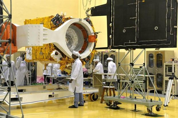 India had on 24 September 2014 successfully placed the Mars Orbiter Mission spacecraft in the orbit around the Mars in its very first attempt, joining an elite club of countries with expertise in space technology. Photo: AFP