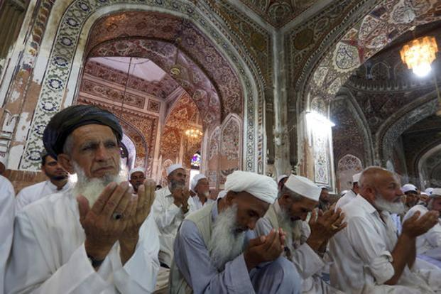 Man steals money from mosque in Pakistan, says matter between him and Allah