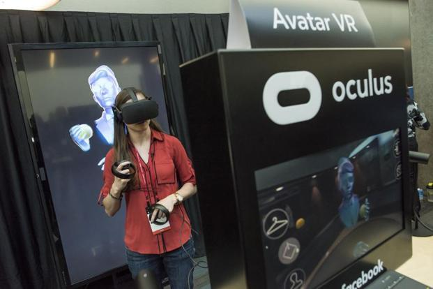 Oculus reduced the price of its virtual reality set—comprising Rift headset and Touch controllers—once before in 2017, dropping it from $798 to $598 in March. Photo: David Paul Morris/Bloomberg