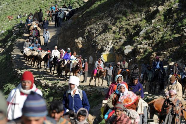 With India-Pakistan border aggression, the Amarnath pilgrimage is vulnerable to a terror attack this year, say intelligence officials. Photo: AFP