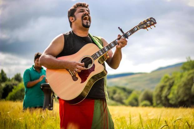 Raghu Dixit will perform this weekend.