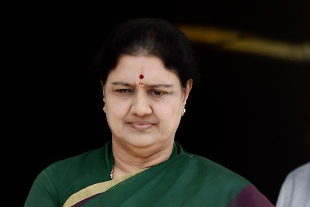 DIG (Prisons) D. Roopa has alleged that AIADMK (Amma) leader V.K. Sasikala is given preferential treatment at the Bengaluru central prison. Photo: PTI
