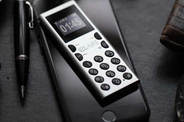 What makes NanoPhone C stand out from the usual flock of feature phones is the compact size.