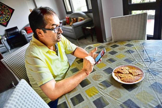 Ajay Pathak used HealthifyMe to lose weight. Photo: Priyanka Parashar/Mint.