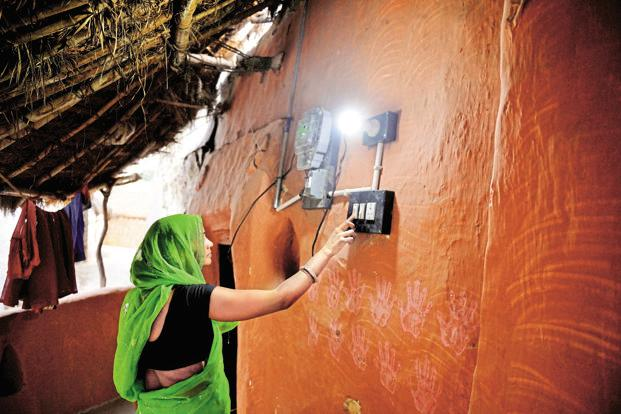 As many as 3,458 of the targeted 18,452 villages under the Deen Dayal Upadhyaya Gram Jyoti Yojana are yet to receive electricity. Photo: Pradeep Gaur/Mint