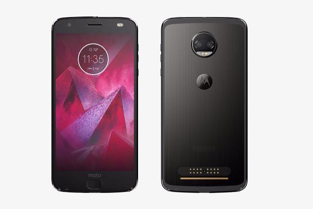 Moto Z2 Force is going to be one of the lightest big-screen smartphones in the market.