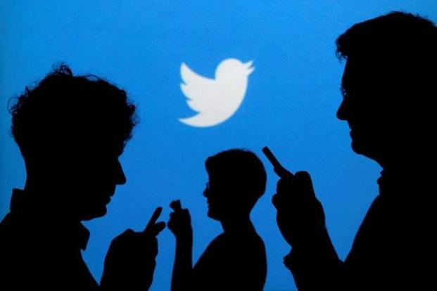 Accounts with more than 10 million followers tend to retweet at a rate similar to automated systems. Photo: Reuters