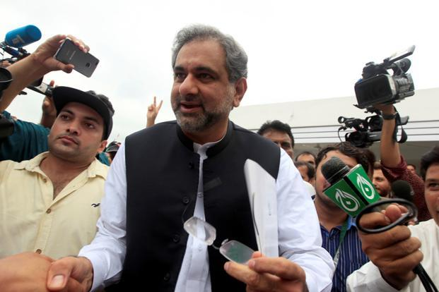 Shahid Abbasi was endorsed by Nawaz Sharif to hold the PM post for interim arrangement of 45 days till Shahbaz Sharif makes it to Islamabad. Photo: Reuters