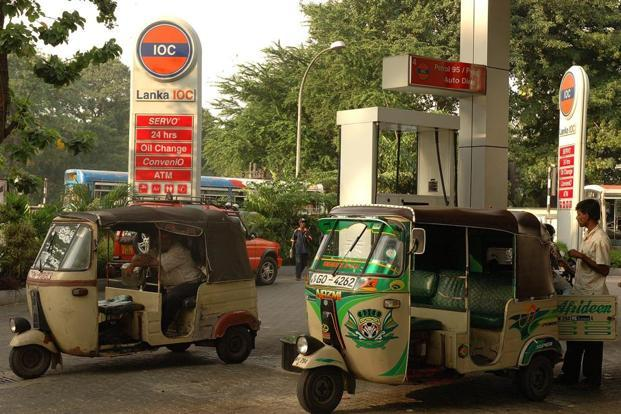 Fuel pump Outlets with sale up to 600 kl would get 57.10 paise on petrol and 42.3 paise on diesel and those with sale of 1,200 kl would get 45.26 paise per litre on petrol and 33.5 paise on diesel. Photo: Bloomberg