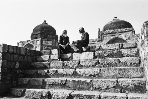 In conversation with his old friend, painter Ram Kumar, in the Humayun's Tomb complex.