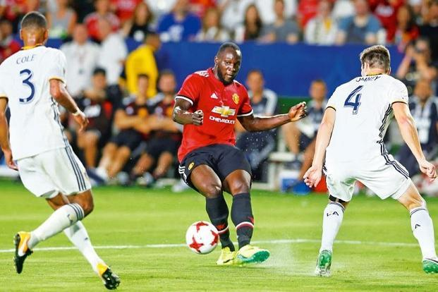 Manchester United's Romelu Lukaku (centre) has been one of the biggest signings in this transfer window so far. Photo: Lucy Nicholson/Reuters.