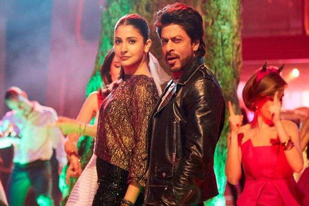 Shah Rukh Khan and Anushka Sharma in a still from 'Jab Harry Met Sejal'.