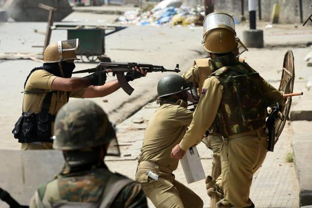 Security forces launched a cordon and search operation in Gulab Bagh area of Tral in Pulwama after receiving specific inputs about the presence of militants there. Photo: AFP