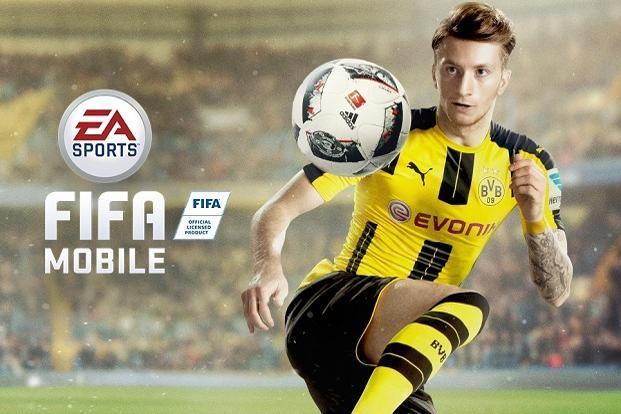 FIFA Mobile's lower footprint and modest graphics make it ideal for users with basic Android devices and slow internet connection.