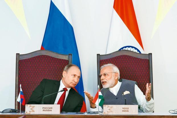 PM Narendra Modi (right) and Russia President Vladimir Putin. The India-Russia military exercise is taking place at a time when India's ties with China have nose-dived due to a border dispute and its ties Pakistan have deteriorated over cross-border terrorism. Photo: AP