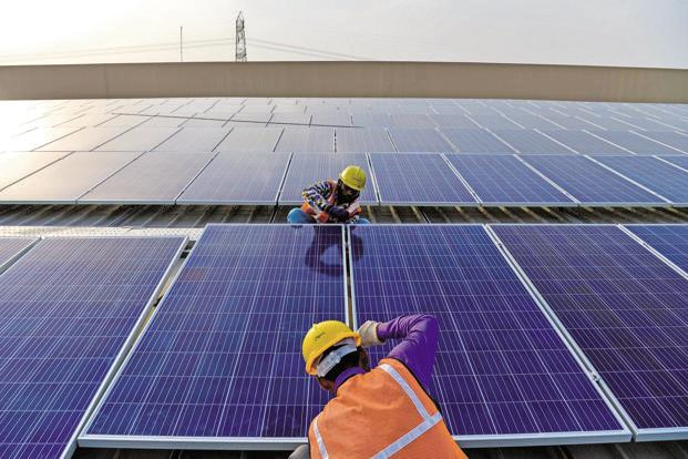 There is a growing interest in the Indian solar off-grid energy segment, with states looking to renege on their offtake commitments for projects awarded at a comparatively higher tariff. Photo: AFP