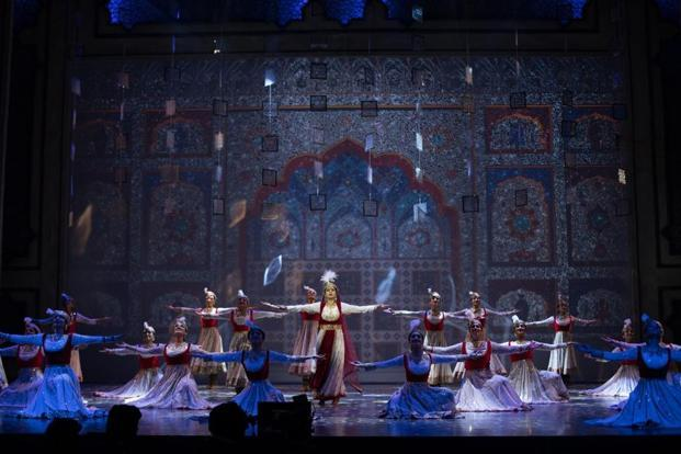 Mughal-E-Azam, directed by Feroz Abbas Khan, will be performed at Delhi's Jawaharlal Nehru Auditorium from 9-17 September.