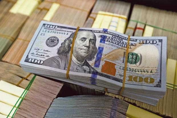 In the previous week, the forex reserves had increased by $1.148 billion to $394.55 billion. Photo: Reuters