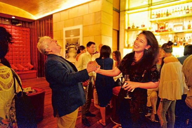As the evening progressed, guests moved inside to Elan at The Lodhi for dinner.