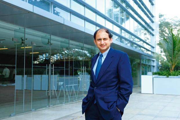 RBI deputy governor Viral Acharya says if the government cannot recapitalise PSBs due to its tight fiscal situation, then it should consider privatising some of these banks. Photo: Mint