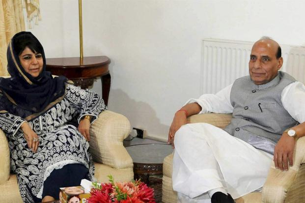 Home minister Rajnath Singh during a meeting with Jammu and Kashmir chief minister Mehbooba Mufti in Srinagar on Saturday. Photo: PTI