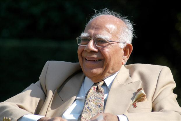 From Haji Mastan to the assassins of Indira Gandhi and from Rajiv Gandhi to L.K. Advani, Jethmalani has represented people from all walks of life. Photo: HT