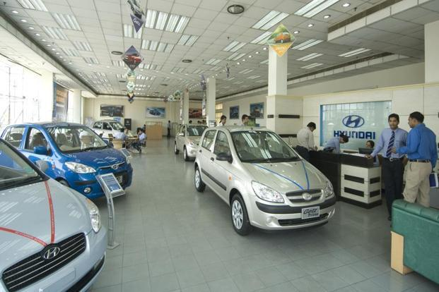 Vehicle  sales continue robust growth in August: SIAM