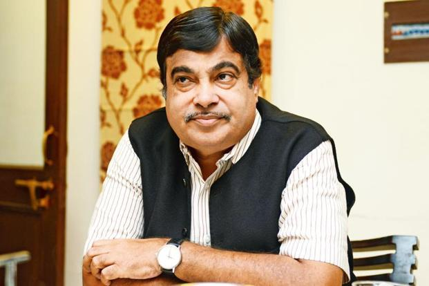 Union water resources minister Nitin Gadkari, while speaking at an event on Tuesday, said he will meet chief ministers of Maharashtra and Gujarat to resolve issues regarding the Damanganga-Pinjal project in the next 15 days. Photo: Mint