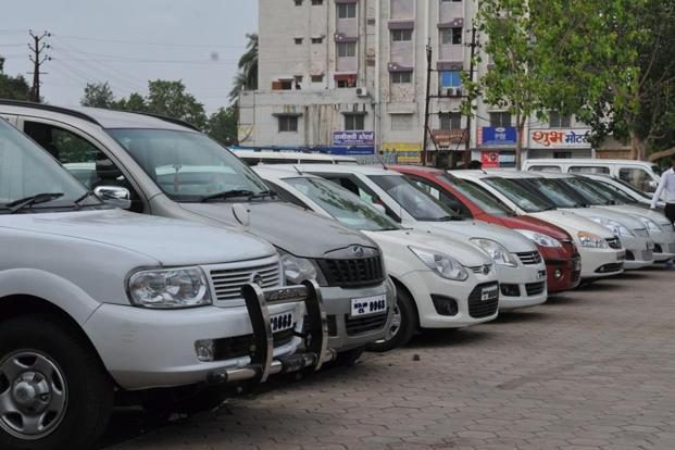 The 3.6 million pre-owned car market grew at nine per cent as the demonetisation reduced market size by two lakh units or an estimated six per cent of the overall used car sales market, IndianBlueBook report said. Photo: HT
