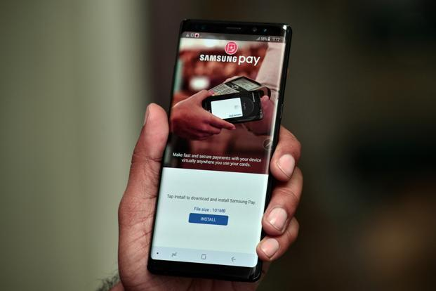 The Galaxy Note 8 is one of the few devices which supports Samsung's mobile payment service, Samsung Pay.