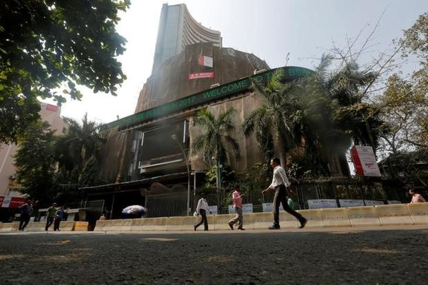 Sensex advances 30 points to extend gains for 7th day