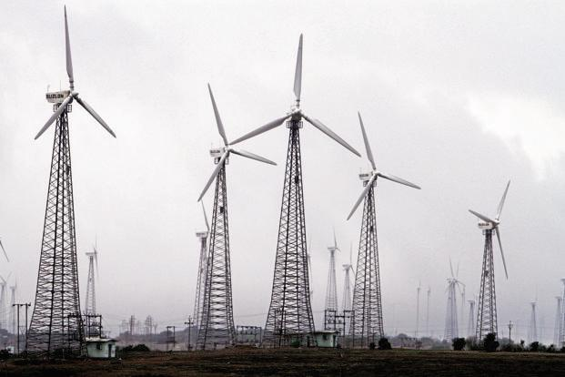 The report says countries like China, India can see renewable energy as a path to reduce poverty, create jobs and improve energy security and social stability. Photo: Bloomberg