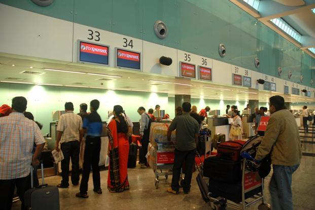 CISF's plan to scrap boarding pass at airports follows its move to do away with hand baggage tags at over a dozen airports. Photo: Mint