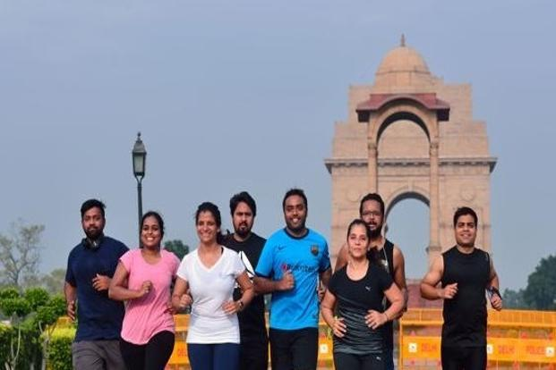 Neha Menon (in white T-shirt) trains with her group, Himalayans, in Delhi. Photo: Pradeep Gaur/Mint