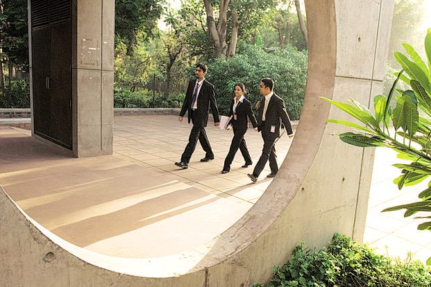 Apart from the IIMs, several other business schools use the Common Admission Test (CAT) score for admission. CAT 2017 will be held on 26 November. Photo: HT