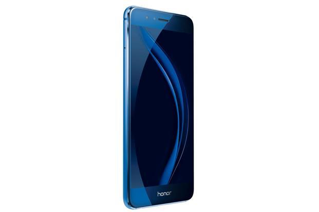 The Honor 8 has a glass front and back, with a metal frame in between, and comes with a 5.2-inch full HD display.