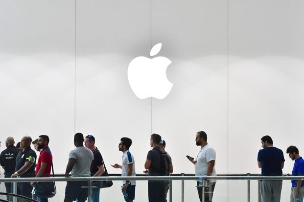 SK Hynix set to invest in Toshiba chip unit, details consortium's plans