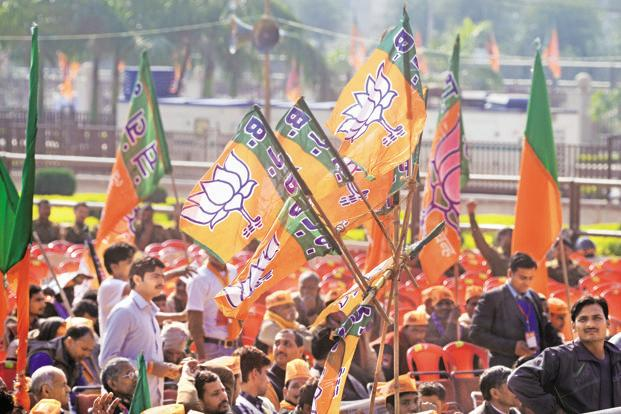 The survey shows that the BJP has a 30 percentage point lead in terms of vote share over the Congress. Photo: Ramesh Pathania/Mint (Ramesh Pathania/Mint)