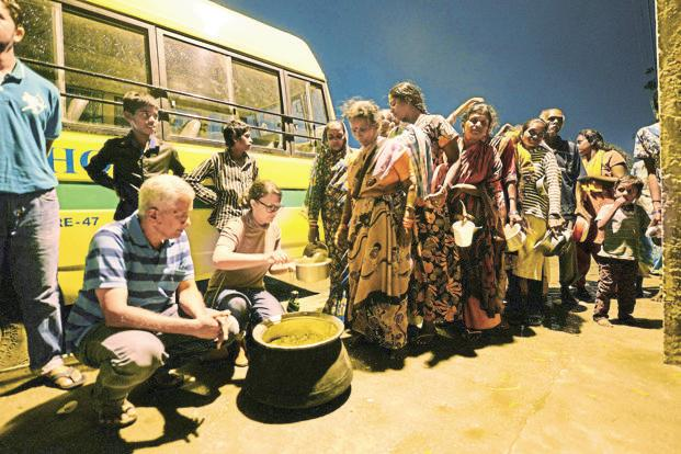 The Robin Hood Army provides food to more than 200,000 people every month in the country. Photo: Hemant Mishra/Mint (Hemant Mishra/Mint)