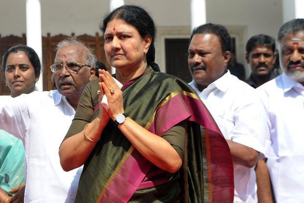 Sasikala walks out of jail on emergency parole for five days