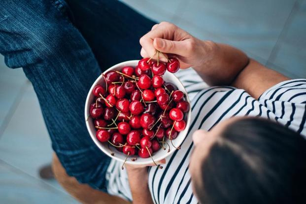 Cherries, dark chocolate, eggs and banana can help to improve your mind health. Photo: iStockphoto (iStockphoto)