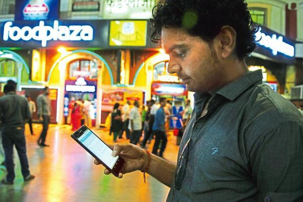 Smartphones alone will account for almost a quarter of the overall viewing of the content across platforms, an increase of 160% since 2010. Photo: Indranil Bhoumik/ Mint